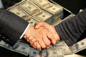 ビジネスローンとファクタリングどちらを利用すれば良いの?